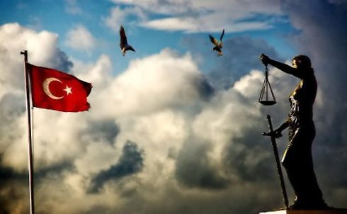 Özgürlük Ve Adalet